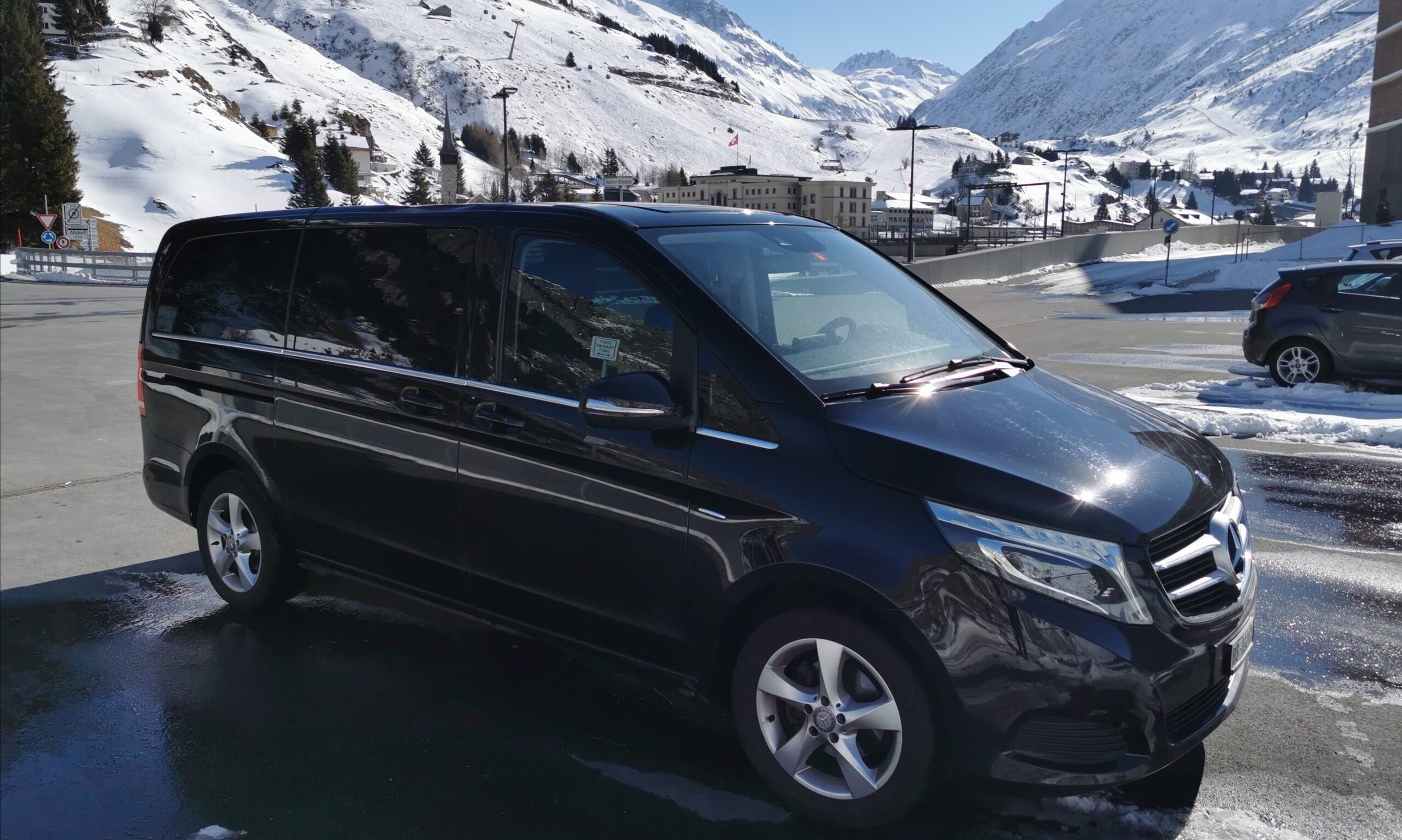 book this ski taxi and enjoy your transfer from zurich airport to st moritz